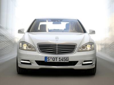 Mercedes-Benz-S-Class W221
