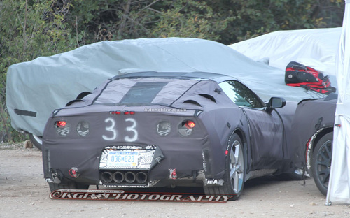 2014-Chevrolet-Corvette-C7-spy-photo-rear-1.jpg